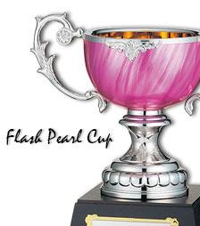 ピンク色のパールカップ